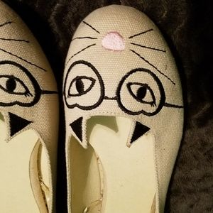 WOMENS SLIP ON CAT FACE SHOES * SIZE 11